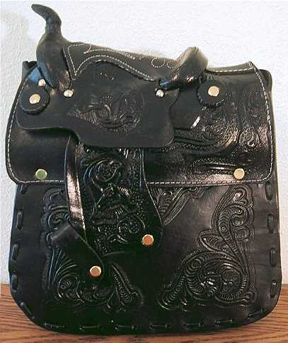 Saddle Purse Medium (Black)